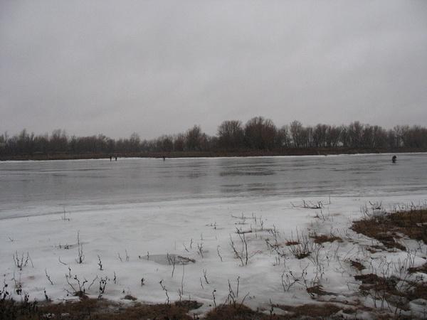 На льду 2 января